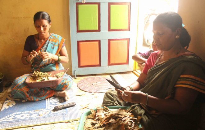 01 - Sujata Gaintyal, a beedi worker (on the right), at her house in Kumbhari